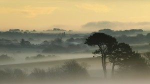nature-landscapes_hdwallpaper_morning-fog-on-a-village-in-the-hills_20682